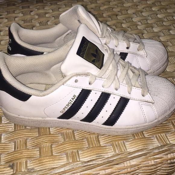 le adidas utilizzate scarpe poshmark superstar